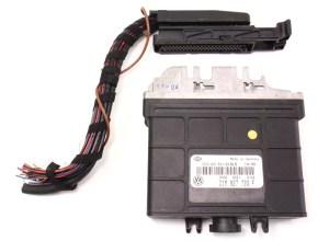 TCM Transmission Computer & Plug 1995 VW Jetta GTI Passat VR6  01M 927 733 F