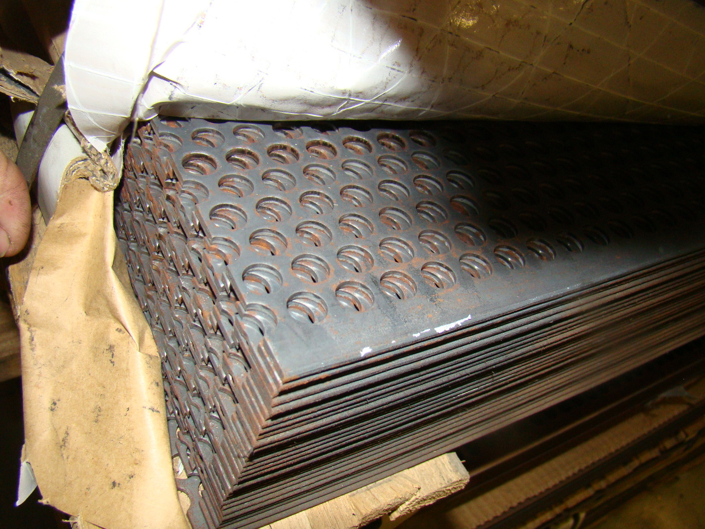 New 4 X 8 X 11g Perforated Steel Sheet 3 8 Holes 30 Pcs