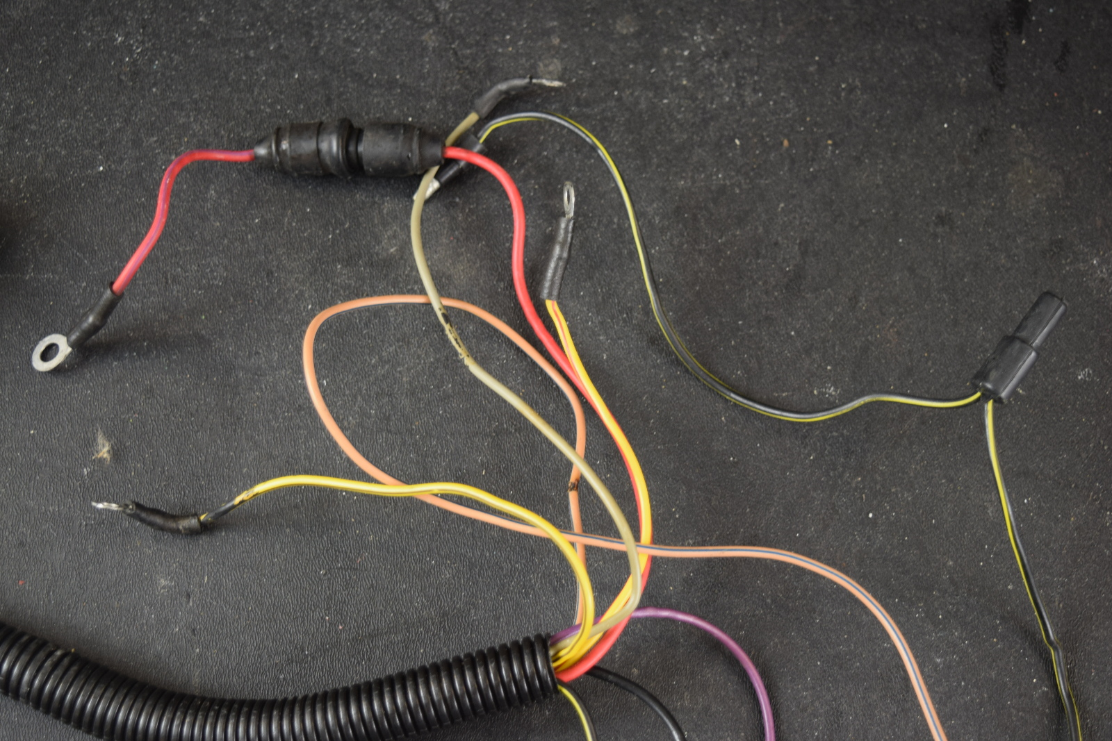 Mercury Mariner Wiring Harness A8 A5