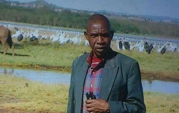 Stephen Munyereri sarebbe stato assassinato da un colono illegale sotto gli occhi polizia.
