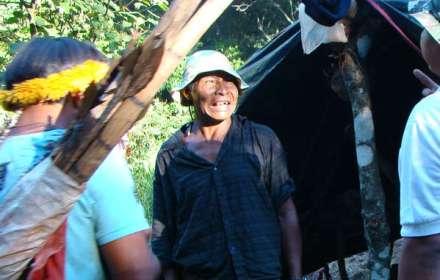 Lo sciamano e leader dei Guarani Nísio Gomes in una foto scattata solo due giorni prima del suo assassinio.
