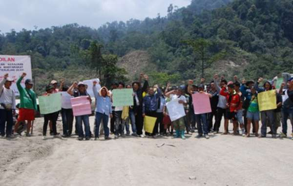 The Penan's blockade of the Murum dam road began on 26th September.
