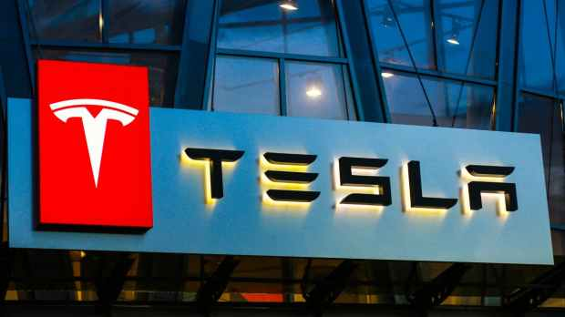 """Very bad style"": Applicants report chaos and arrogance at Tesla in Germany"