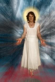 Οι παραστάσεις του θεατρικού «Jesus Queen of Heaven» θα συνεχιστούν μέχρι το Σάββατο.