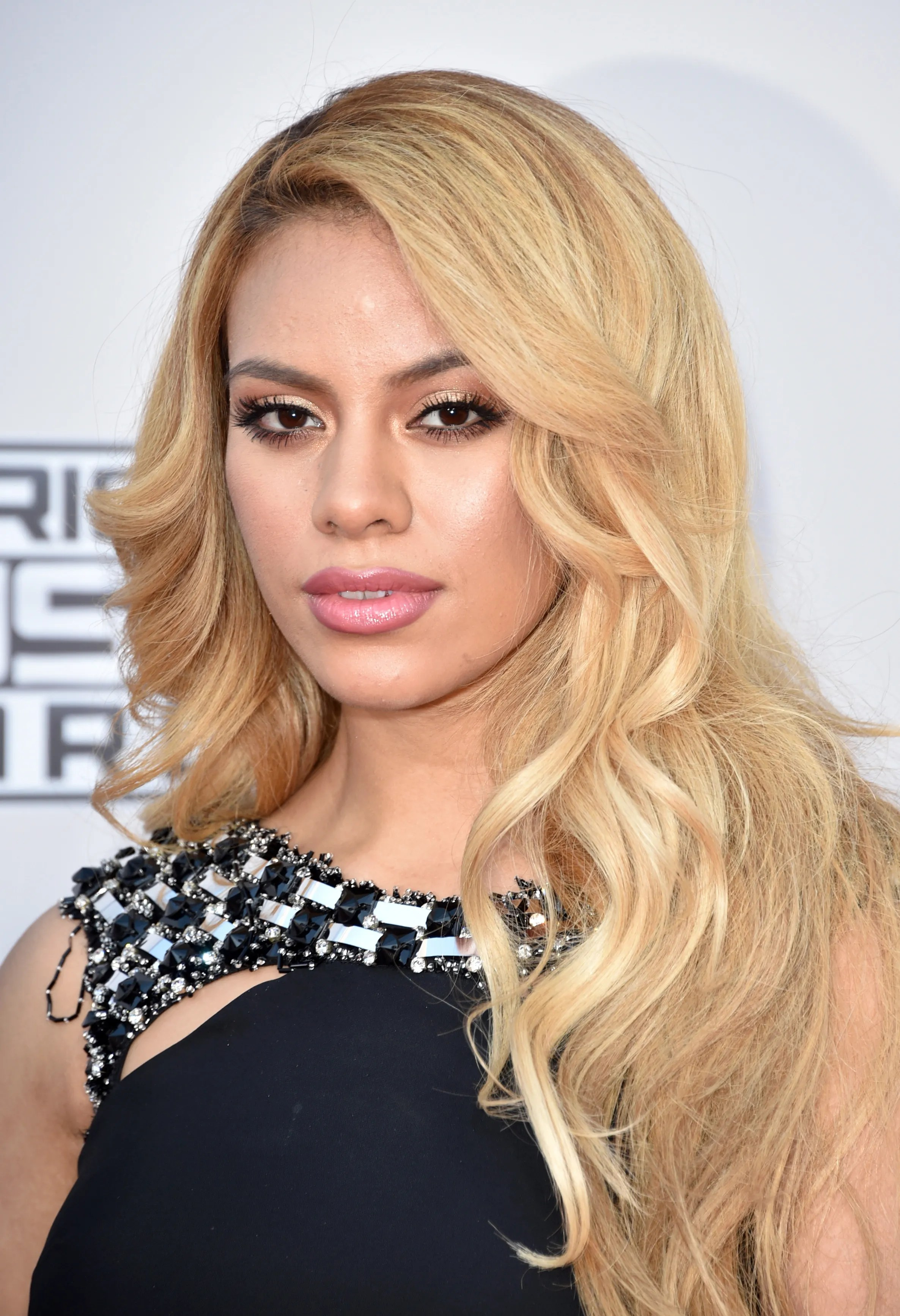 Different Shades Of Blonde To Dye Hair How To Take Care