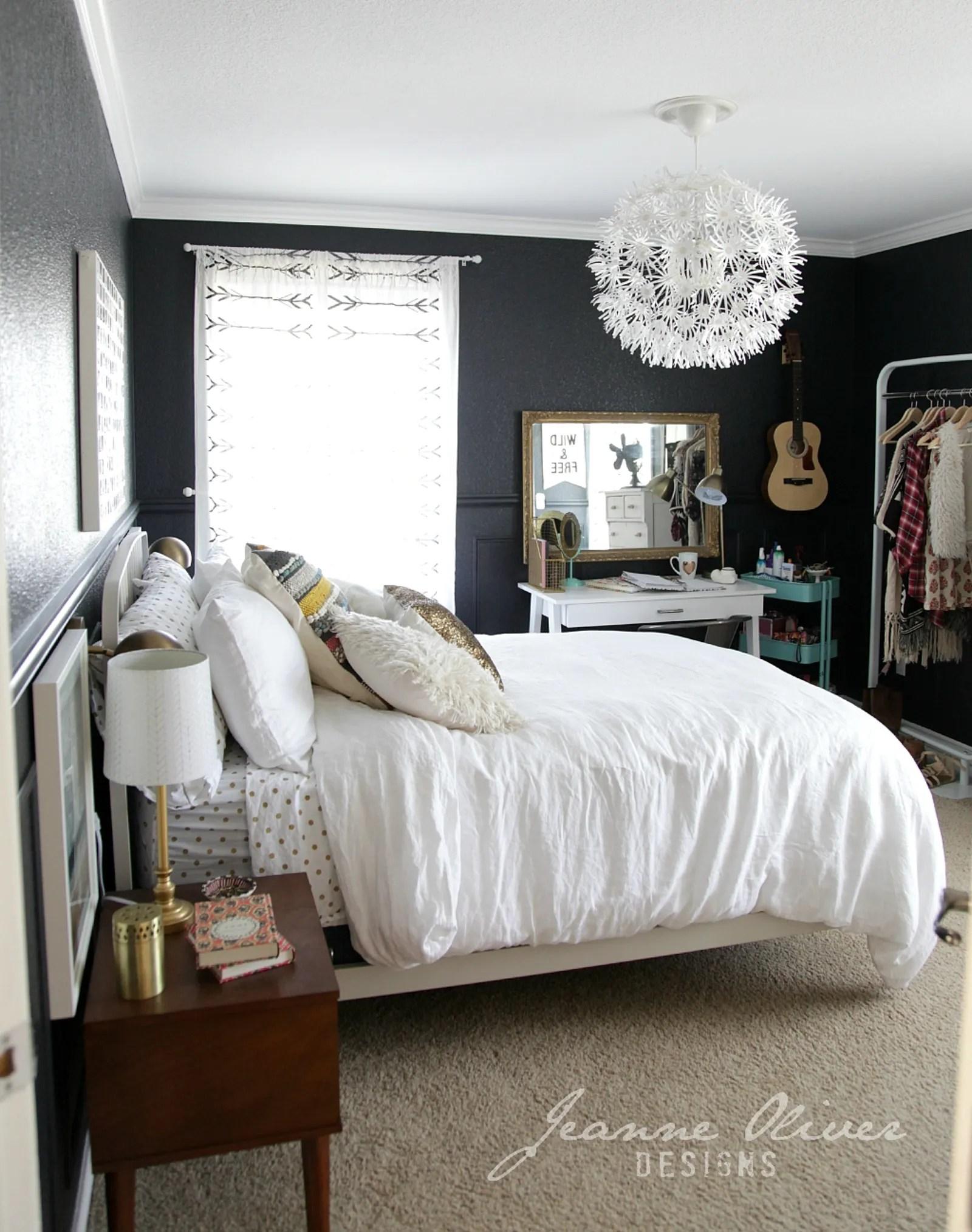 5 Stylish Teen Bedrooms - Teen Vogue on Teenager Simple Small Bedroom Design  id=23576