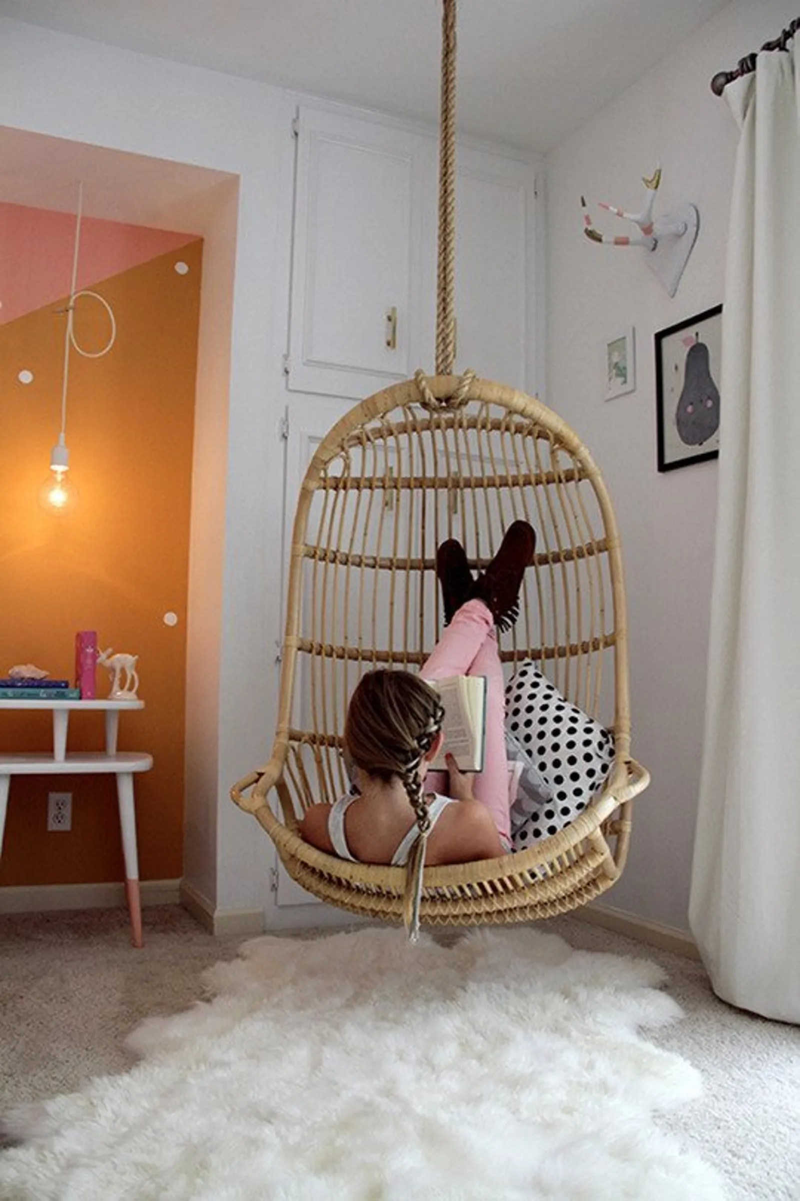 5 Stylish Teen Bedrooms - Teen Vogue on Teenroom  id=48781