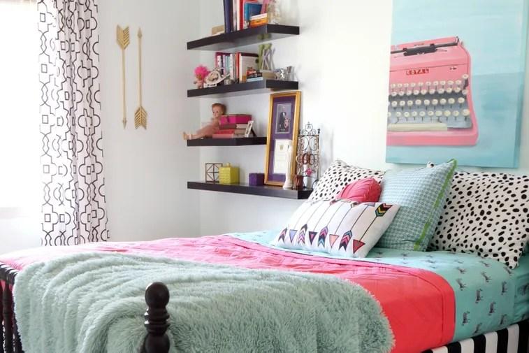 5 Stylish Teen Bedrooms | Teen Vogue on Teenage Bed Ideas  id=12395