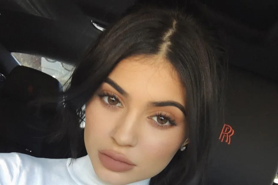 Kylie Jenners Braided Ponytail Is The Perfect Lazy Girl