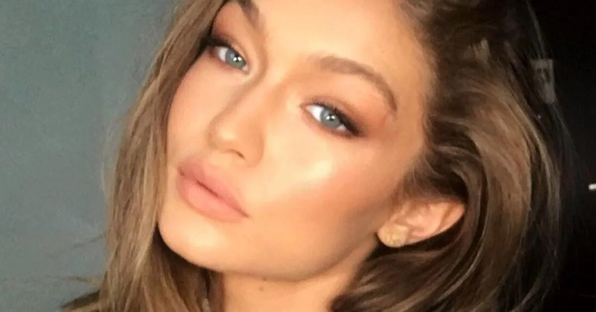 Gigi Hadid Shows Rose Gold Hair With Bangs On Instagram