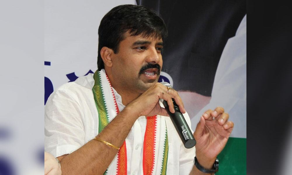Hyderabad: Congress Challa Vamshi Chand Reddy opposes Andhra ...