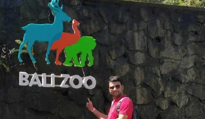 bali zoo with family