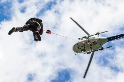 helicopter external load and human external cargo operations.