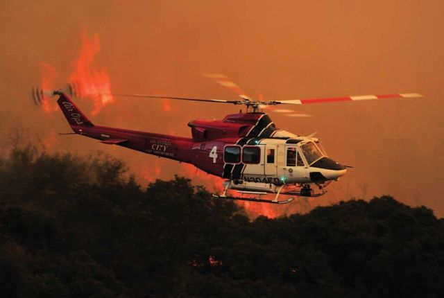 The L.A. Fire Department's Bell 412EP is powered by the PT6T-3D Twin Pac. Skip Robinson Photo