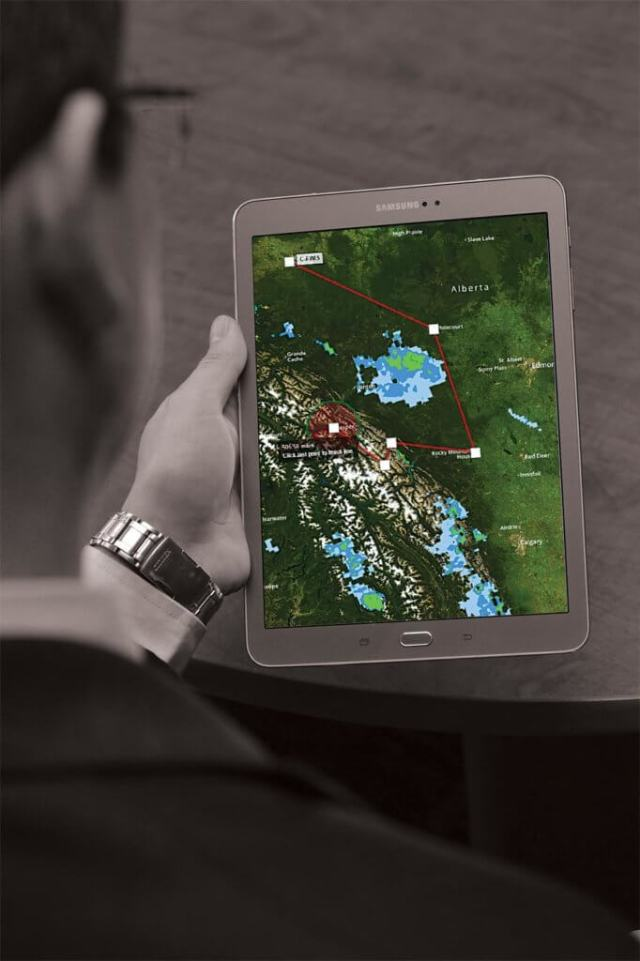 ere's how it works: Once you load the Cirro app on your smartphone, tablet or computer, you simply go step-by-step through the preflight procedures on screen. It is entirely a touch and tap process.