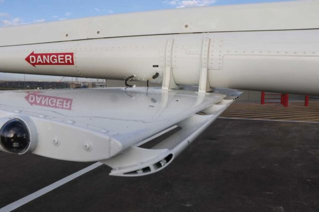 A slotted horizontal stabilizer is mounted on the underside of the tail boom. The author discovered it does a nice job of keeping the cabin level in cruise.