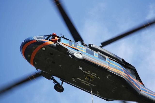 """Timberline Helicopters believes the Black Hawk would make """"an excellent helitack platform,"""" but perceives regulatory barriers to operating it in that role as a civil aircraft. Ammy Jorgenson Photo"""