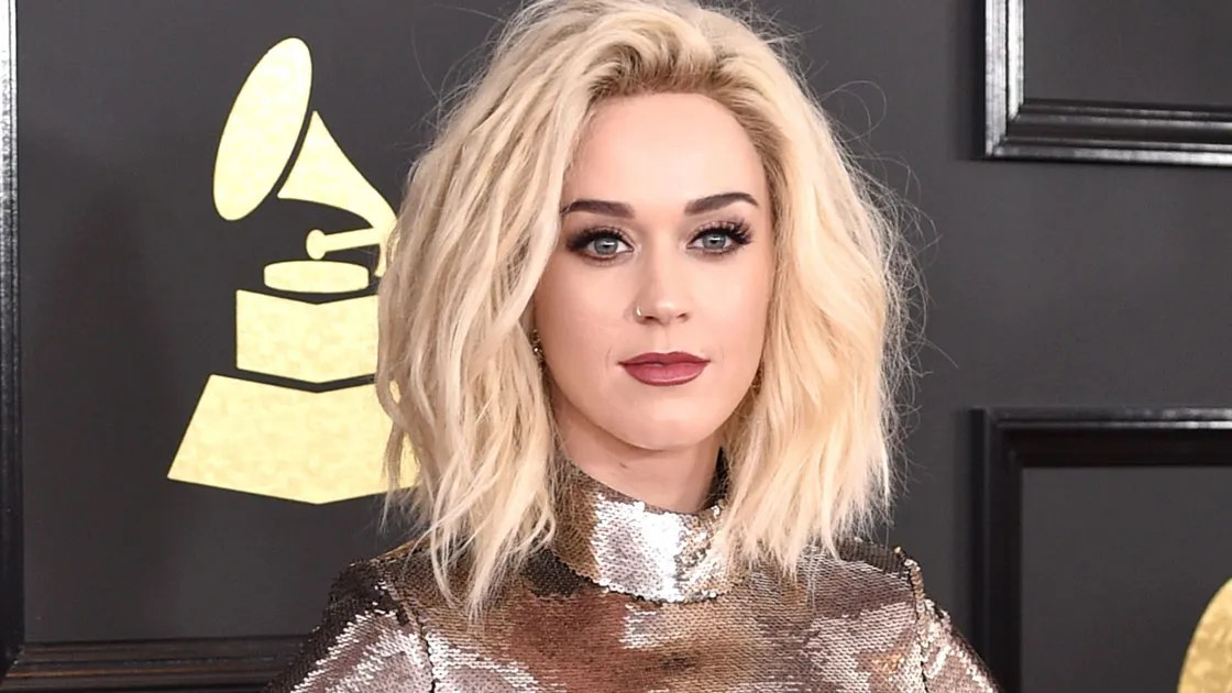 Grammys 2017 Katy Perrys Platinum Blonde Hair Is A