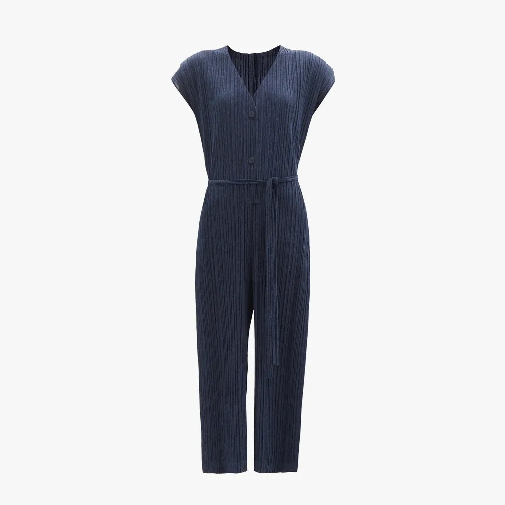 Image may contain: Pants, Clothing, Apparel, Dress, Home Decor, Pajamas, and Linen