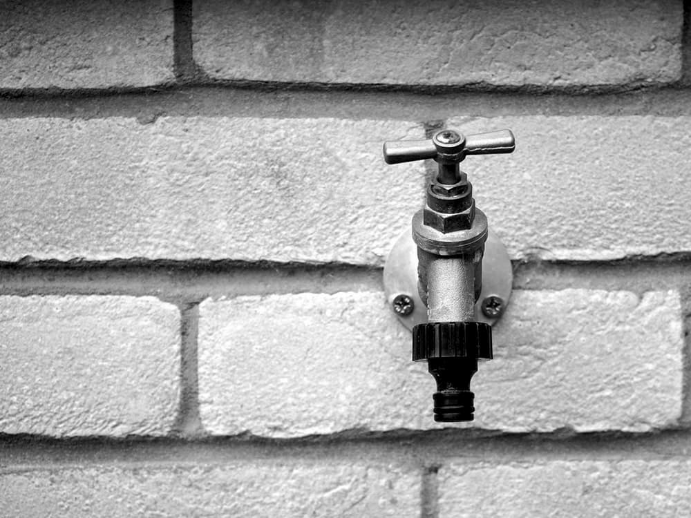 how to prevent a frozen outdoor faucet
