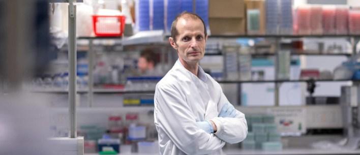 Un prestigioso científico experto en vacunas de la COVID-19 responde a  nuestras preguntas   Foro Económico Mundial
