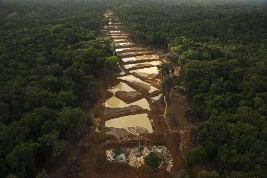 Algunos gobiernos han visto un aumento de la minería ilegal durante la pandemia.