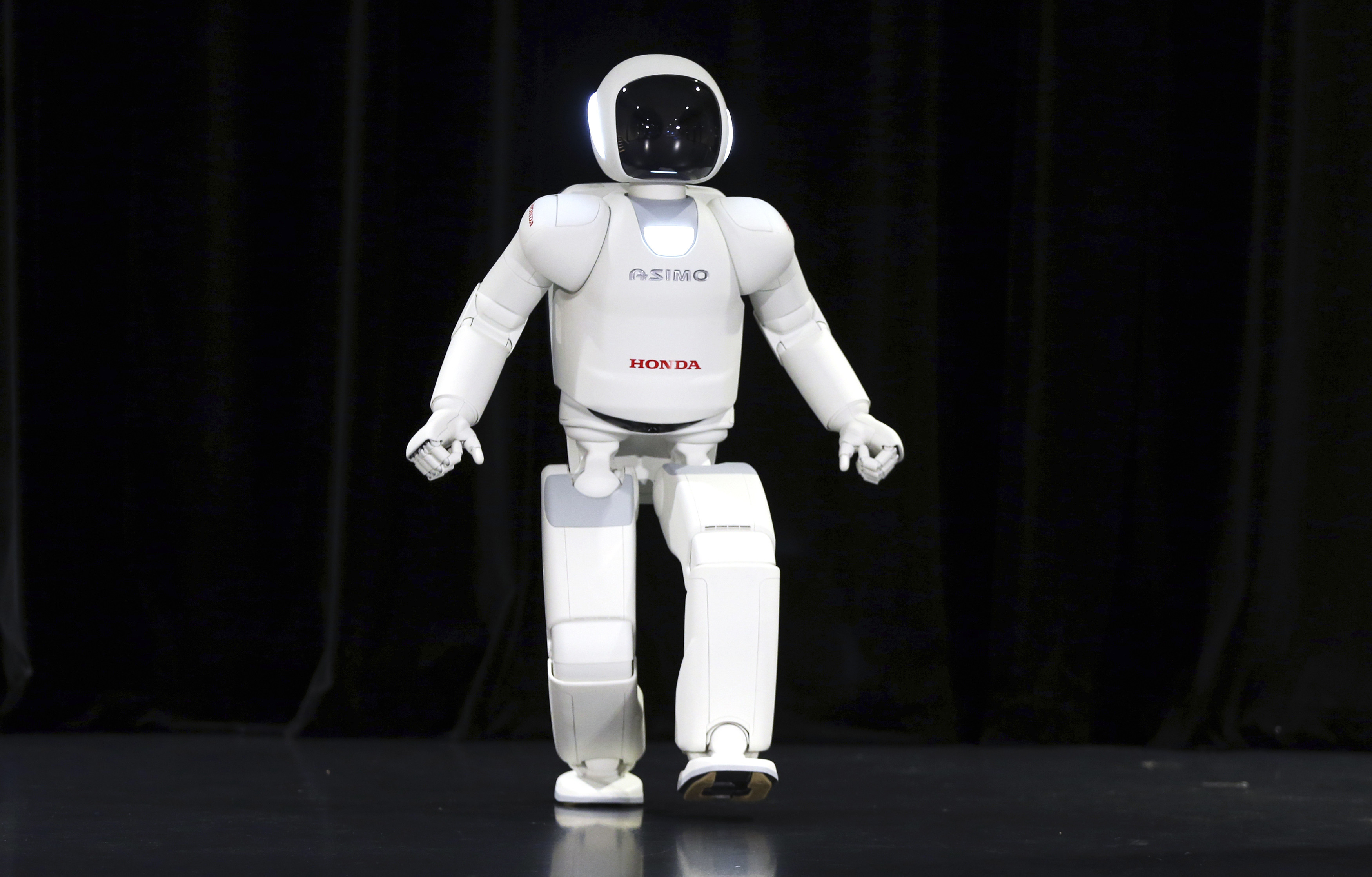 These Robots Are Teaching Themselves To Walk Run And Jump