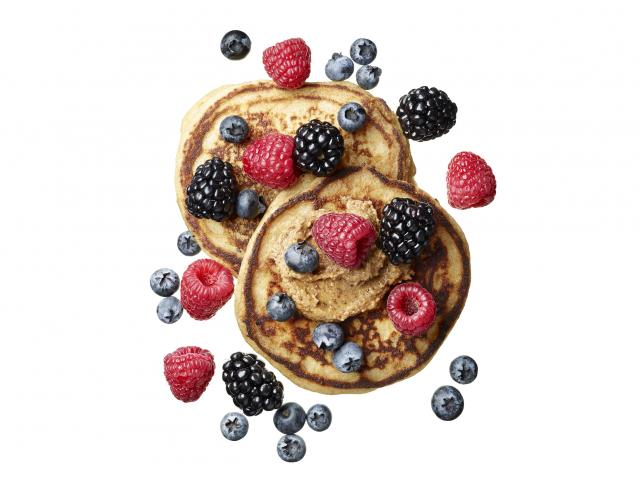 Pancakes with almond butter and berries