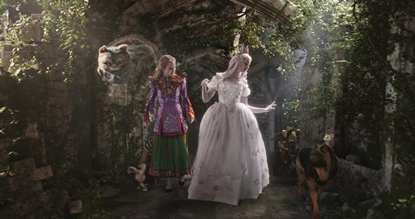 愛麗絲夢遊仙境2:穿越魔鏡 電影圖片庫 photo gallery