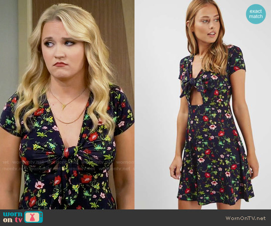 Topshop Floral Print Bow Front Dress worn by Emily Osment on Young & Hungry