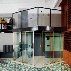 Carrer Avinyó, United Kingdom by David Kohn Architects | Yellowtrace.