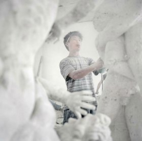 Chinese Artist Reproducing Classical Sculptures   Yellowtrace