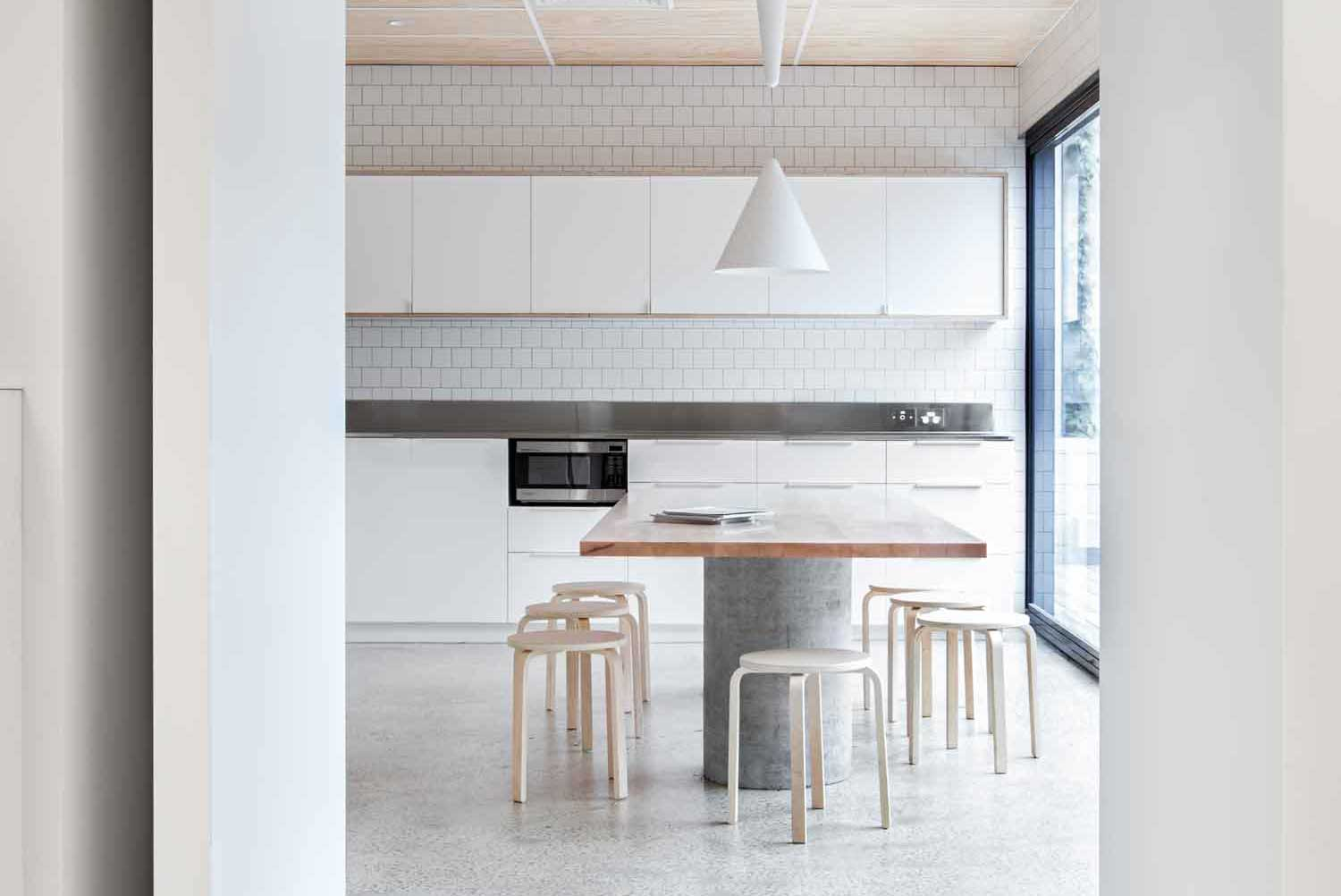 Blackwood Street Bunker by Clare Cousins Architects   Yellowtrace.