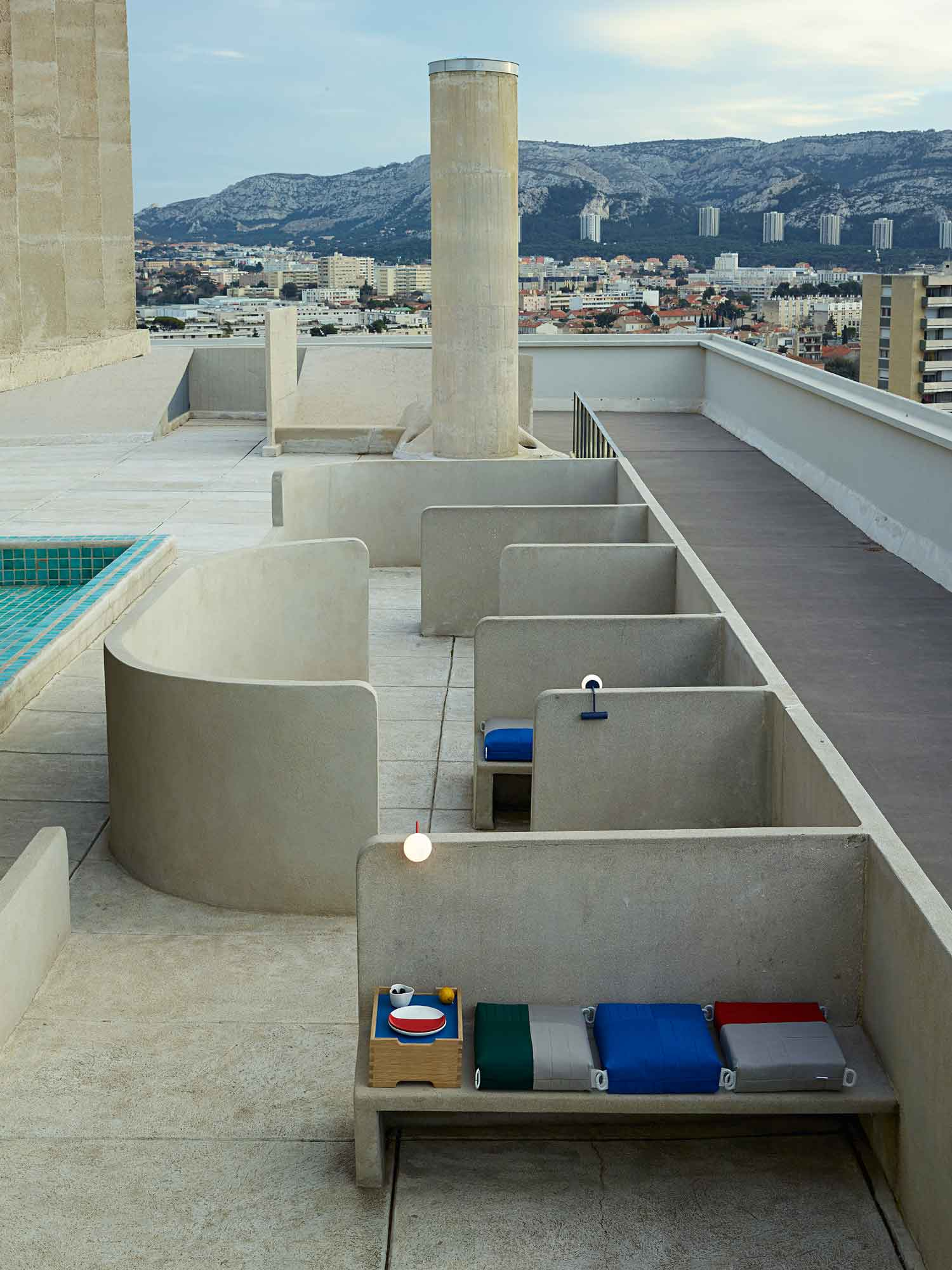 Installation By 201 Cal At Apartment N 176 50 By Le Corbusier