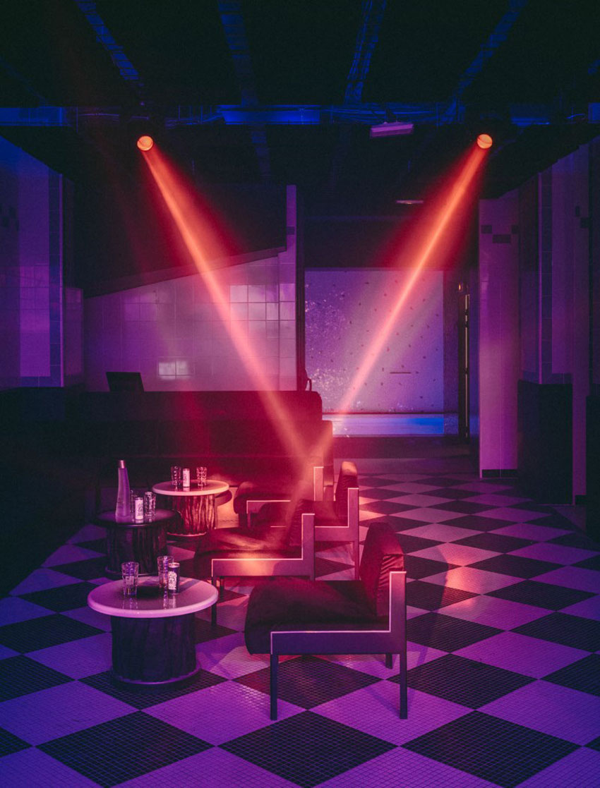 paris hotel nightclub
