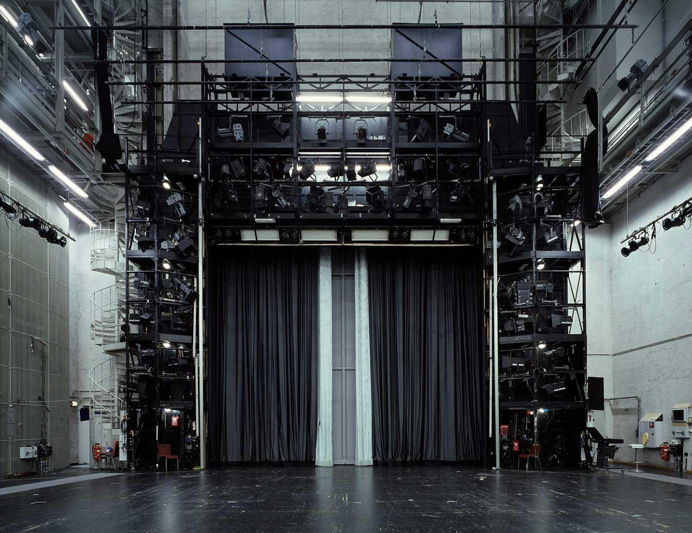 The Fourth Wall By Klaus Frahm Yellowtrace