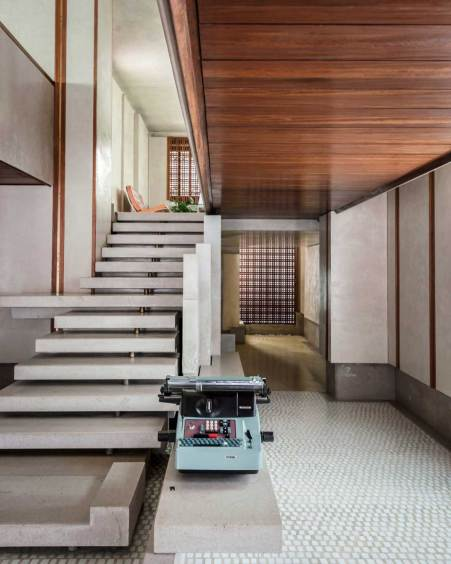 Olivetti Showroom in Venice by Carlo Scarpa. Photo by George X. Lin   Yellowtrace