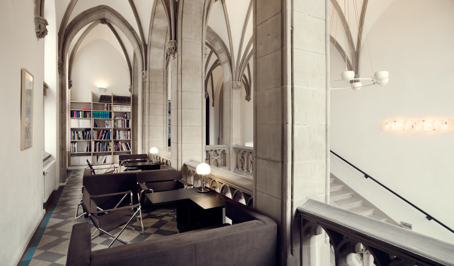 The qvest hotel in cologne germany yellowtrace for Design hotel koeln