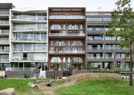 DIY-housing Project Amstelloft in Amsterdam by WE architecten | Yellowtrace