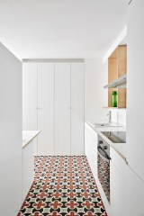 Pannecau Apartment Renovation in Bayonne, France by Concheiro de Montard | Yellowtrace