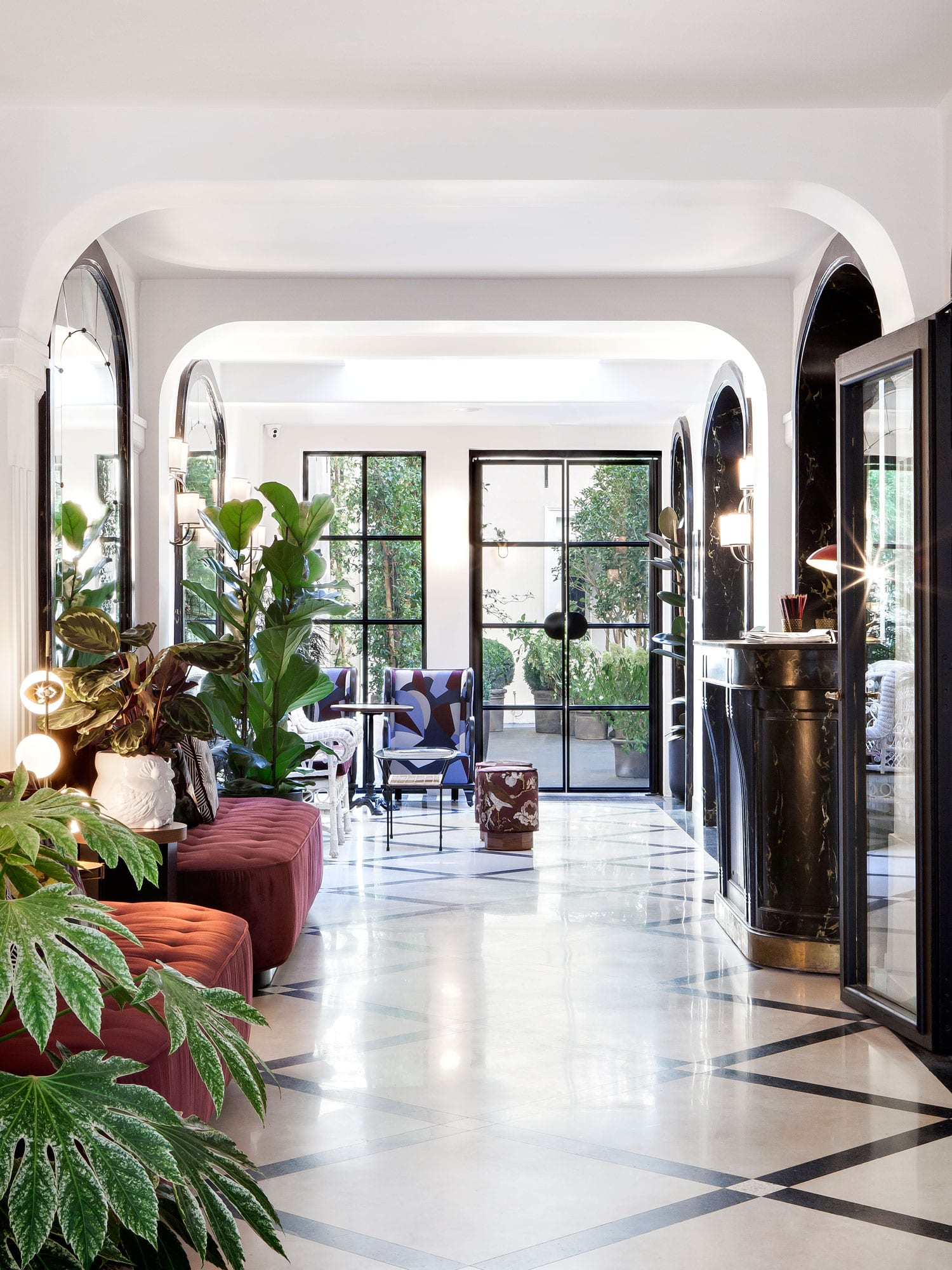 Hotel bienvenue paris france designed by chlo negre for Hotel design paris 7
