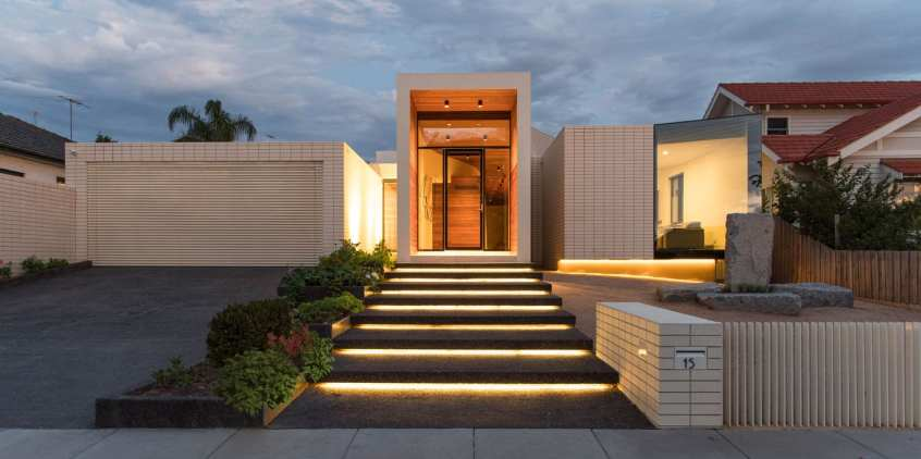 Built with Brickworks: Ivanhoe House by Kavellaris Urban Design | Yellowtrace