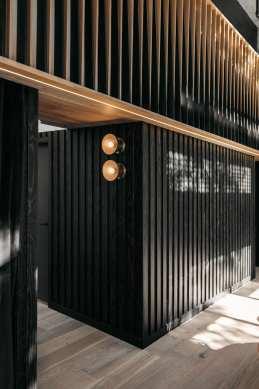 RYU Japanese Restaurant by Ménard Dworkind in Westmount, Canada | Yellowtrace