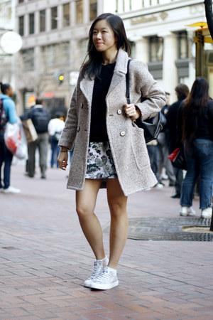 Off White Zara Coats Black Sweaters Silver Sneakers