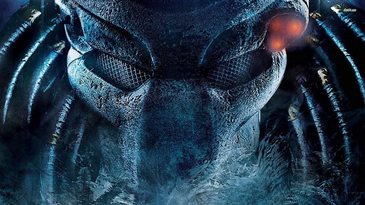 The Predator Director Says New Movie Isnt A Reboot