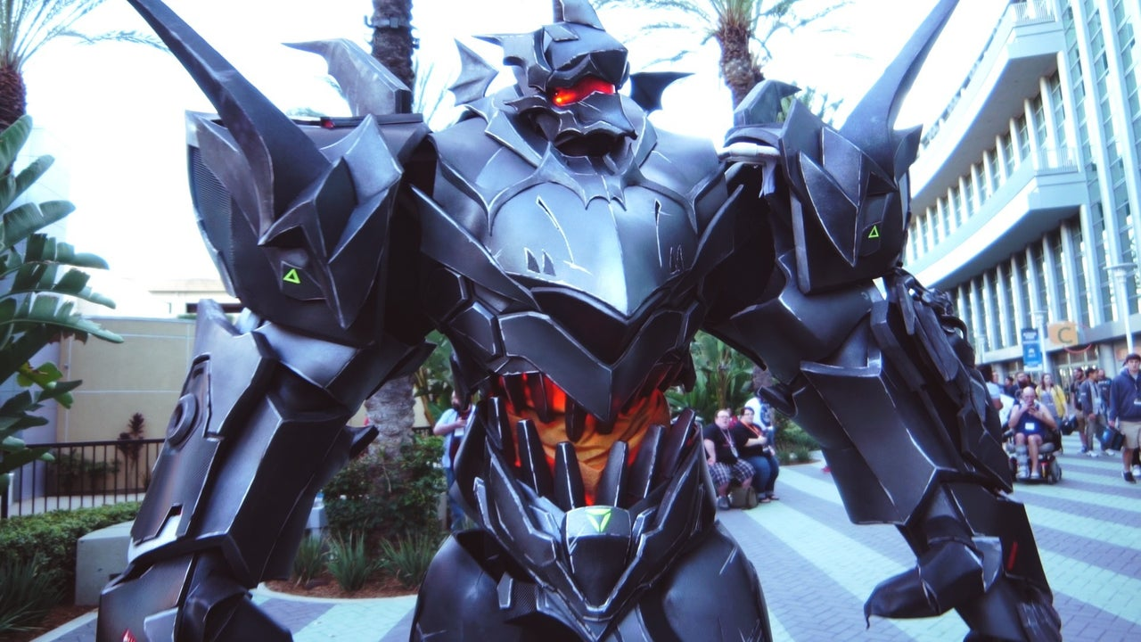 Overwatch Cosplay Went XL At Blizzcon 2016 IGN Access IGN Video