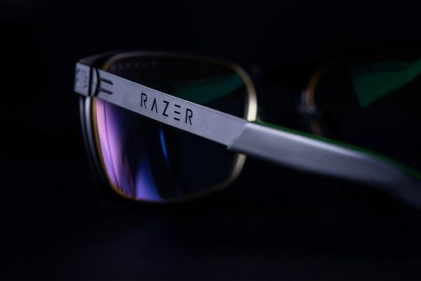 Razer cutout on bands