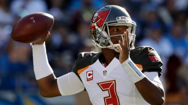 Buccaneers strike late vs. Chargers to earn fourth ...