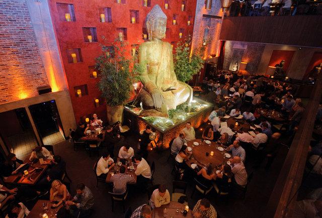 Best Party Restaurants In Vegas
