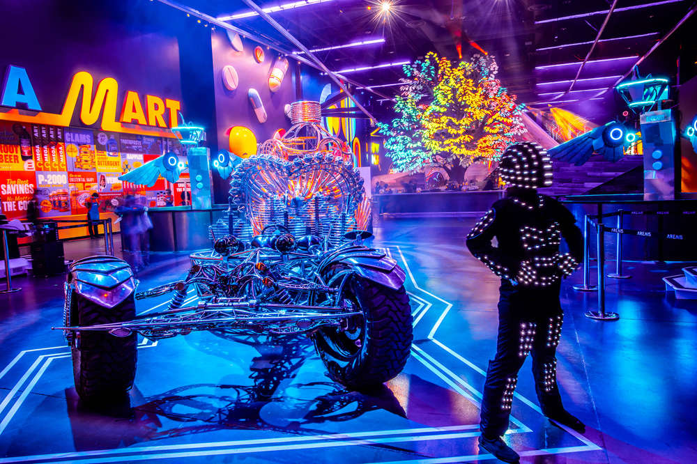 The wynn las vegas, a lavish recent arrival to the scene, is separated from the strip by its own artificial mountain. Best Las Vegas Halloween Events 2020 How To Celebrate Safely This Year Thrillist